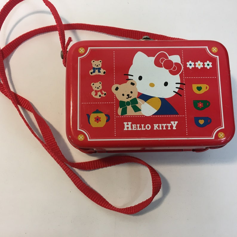 5eceb6109 Vintage HELLO KITTY shoulder bag metal box purse | Etsy