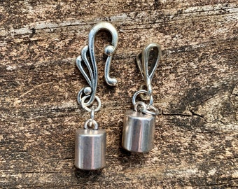 Silver Flourish Hook Clasp with 6.5mm End Caps. Assembled.