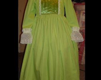Princess Amber inspired dress(-----)Satin Ribbon Bodice detail(-----)Lace cuffs(-----)Sizes 2T to Girls size 8