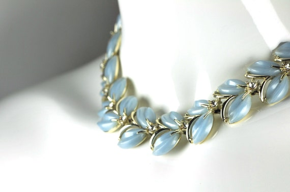 1950s Vintage Jewelry Gold Plated Vintage Collar Light Blue Rhinestone Necklace