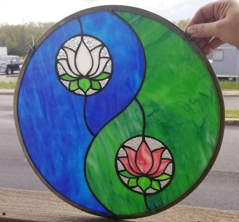 RB-95 Yin /& Yang Lotus Flower Stained Glass Suncatcher  Hanging Panel