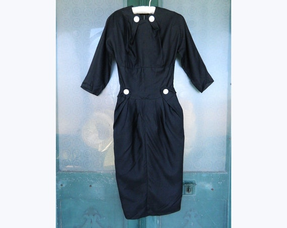 Vintage 1940s Slim Shapely Cocktail Dress XS Black Acetate