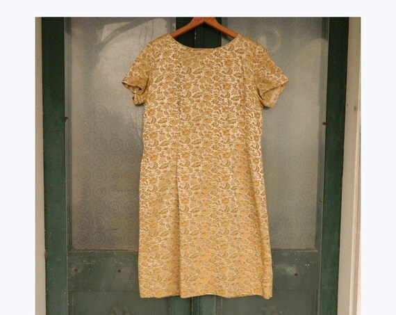 Vintage 1960s Short-Sleeve Fancy Dress -M- Gold Floral Tapestry