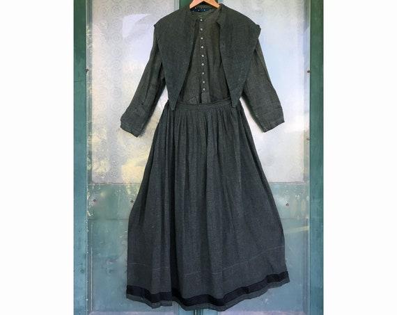 Vintage Mennonite Dress Apron Collar