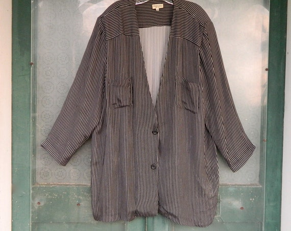 Tamotsu 1980s V-Neck Jacket -22- Black with White Pinstripe Rayon