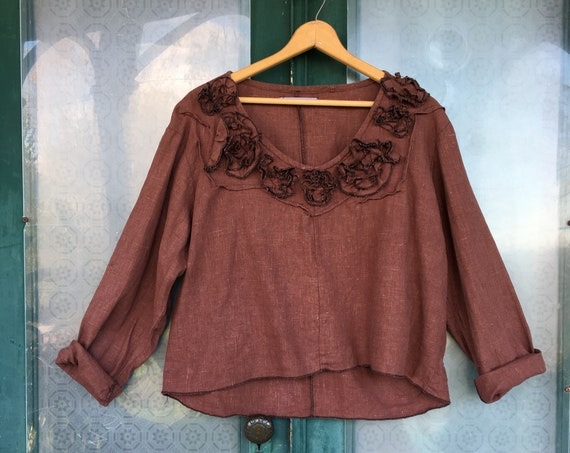 Sarah Clemens Artwear Long Sleeve Swirl Crop Pullover Shirt Chestnut Brown Linen