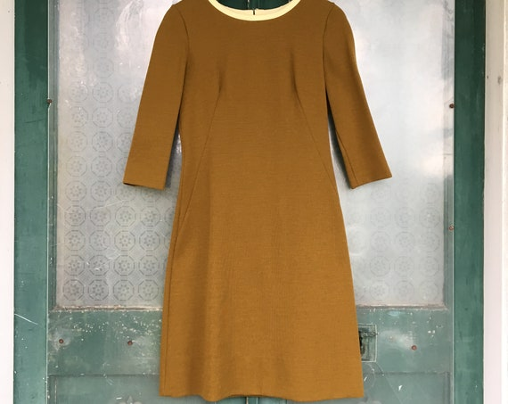 Shapely Vintage Knit Dress 1960s 1970s -S- Green/Gold/Brown