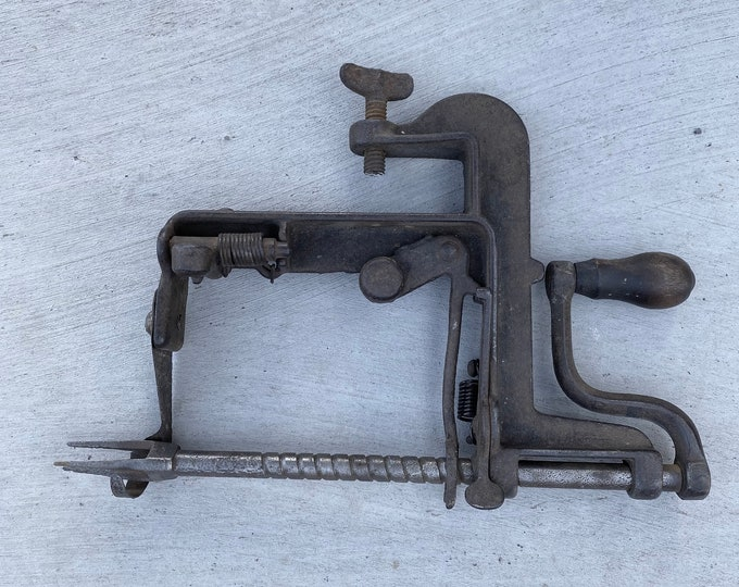 Vintage Cast Iron Apple Peeler