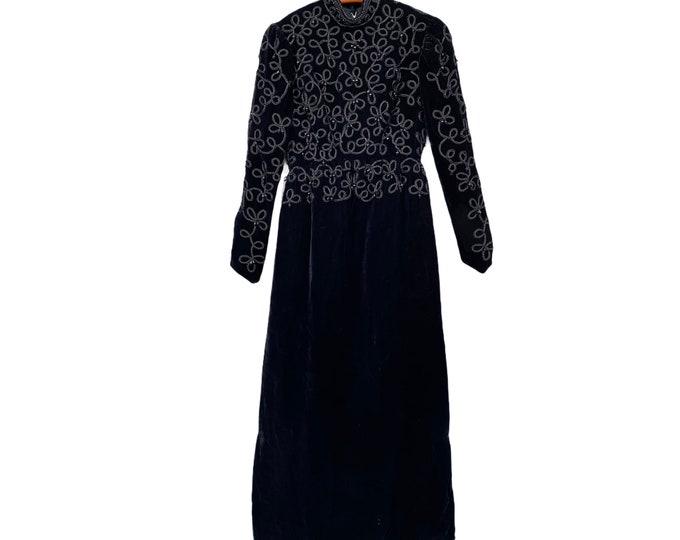 Elegant Vintage Beaded Black Velvet Maxi Dress