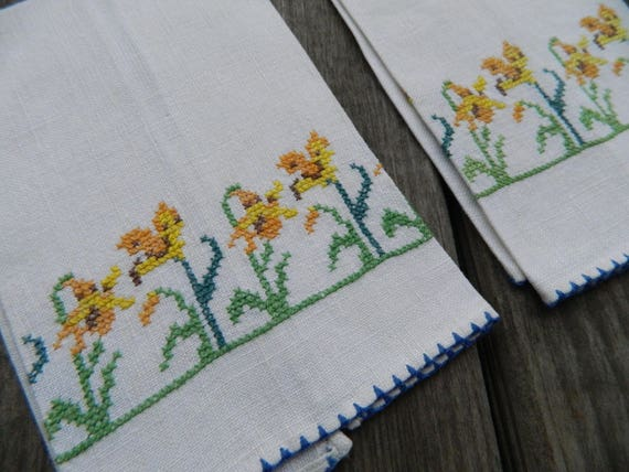 Pair of Vintage Linen Petit Pointe Daffodil Tea Towels