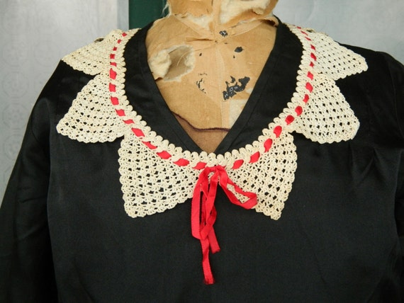 Sweet Vintage Crocheted Collar with Red Ribbon Trim