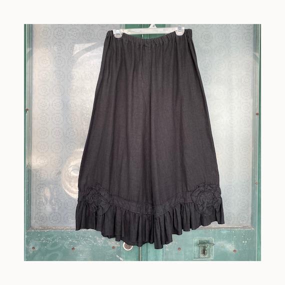 Sarah Clemens Long Ruffle Bloomers -M- Black Linen