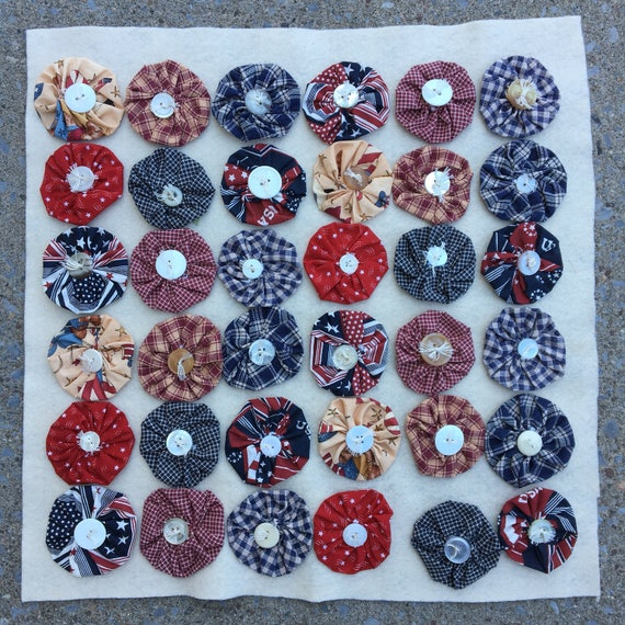 Patriotic Handmade Wall Hanging or Pillow Cover Red White & Blue Yo-Yos