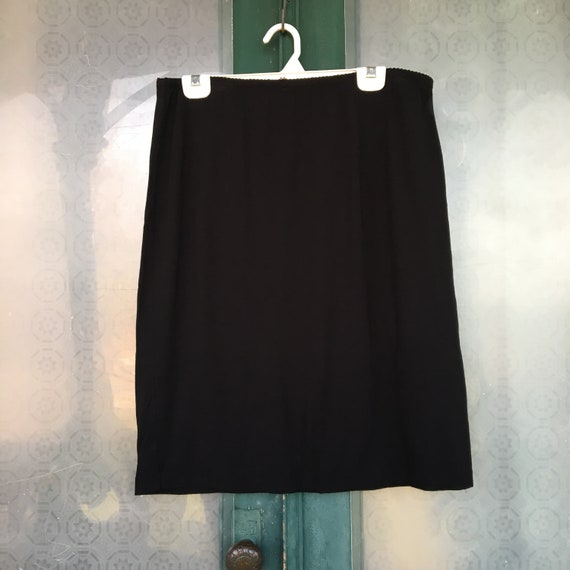 J. Jill Knee-length Skirt -L- Black Rayon Spandex