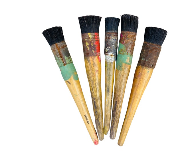 Quintet of 4 Vintage Used Grumbacher Stencil Paint Brushes