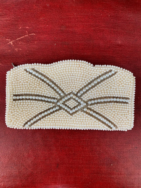 Vintage Zippered Pearl Clutch