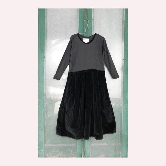 Angelheart Designs Engelhart Practical Party Dress -L- Black Velvet & Cotton Jersey