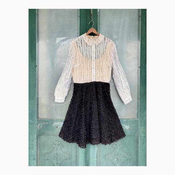 Vintage 1960s Black & White Lace Dress