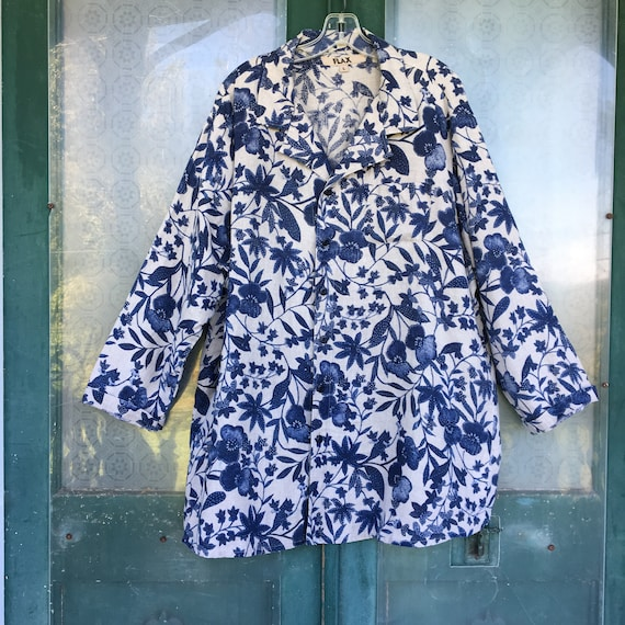 FLAX Designs Long Sleeve Blouse -L- Natural and Indigo Floral Linen