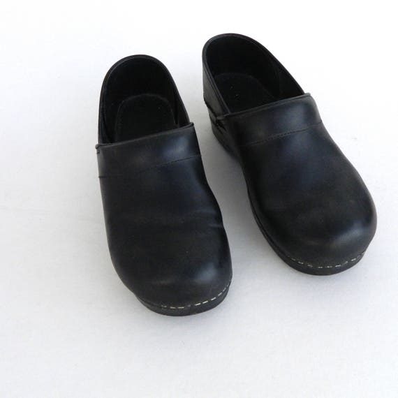 Dansko Slip On Clogs -40/9.5-10- Black Leather