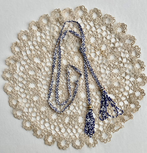 Vintage 1920s Blue and White Beaded Sautoir Necklace 26""