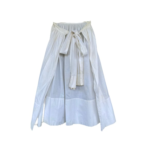 Vintage Long White Apron with Large Bow Ties