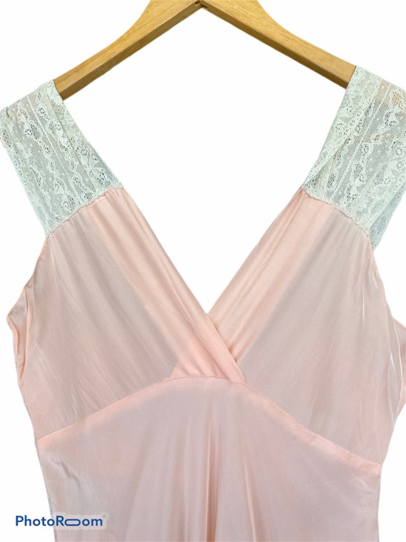 Vintage Long Glamorous Sexy Peachy Silk Night Gown - image 3