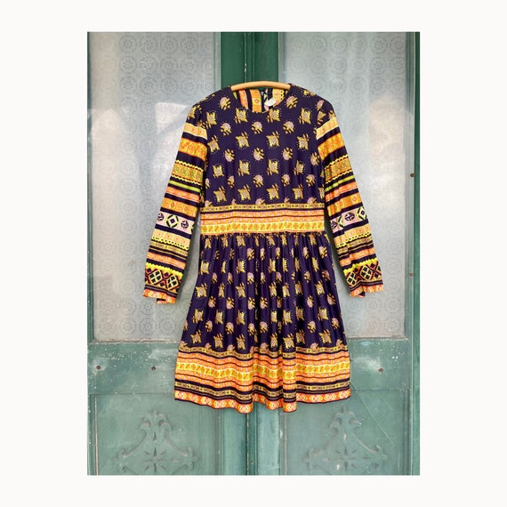 Vintage 1970s Bright Mod Dress
