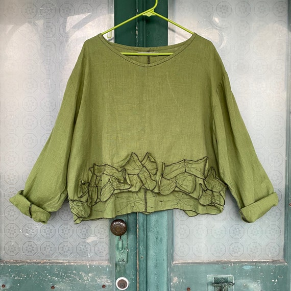 Sarah Clemens Long Sleeve Cropped Pullover Top -M/L- Green Linen