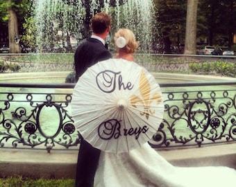 Fleur De Lis Parasol for your Wedding Photos