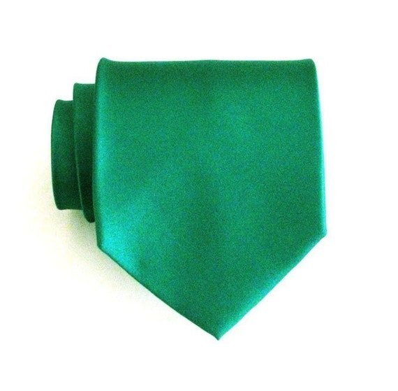 Mens Necktie Kelly Green Silk Tie With Matching Pocket Square Handkerchief Option