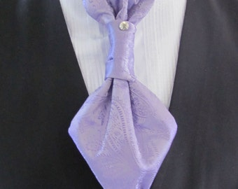 Mens Lavender Paisley Ascot Cravat Pre Tied Mens Ascot With Crystal Stick Pin Formal Ascot