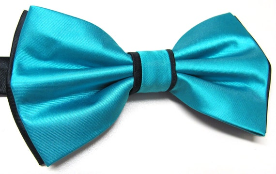 Teal Dotted Banded Bow tie and Matching Hanky Pocket Square Handkerchief Set
