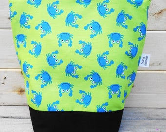 Insulated Lunch Bag - Playful Crabs