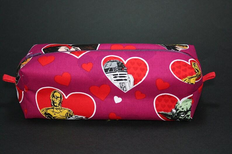 22ea53bf9631a Boxy makijaż Bag-Star Wars w miłości Print-etui ołówkiem-Han | Etsy