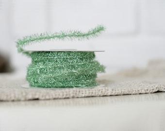 25 Yards of Metallic Spring Green Wired Tinsel Trim/Rope/Roping/Garland/Ribbon/Vintage Style