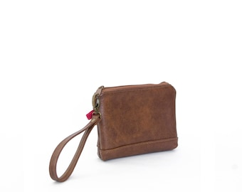 Wristlet in Chestnut, zipper pouch, wrist bag, leather clutch, small leather clutch, brown leather clutch, ready to ship