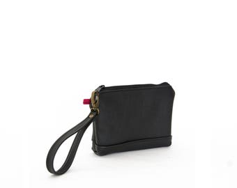 Wristlet in Onyx black, zipper pouch, wrist bag, leather clutch, small leather clutch, brown leather clutch, ready to ship