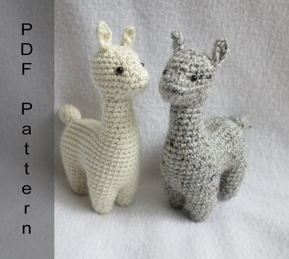 Huggable Crochet Alpaca (or Llama!) Toy - free pattern + tutorial | 512x570