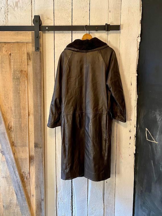 Vintage 60s Dark Brown Leather Sherpa Over Coat T… - image 10