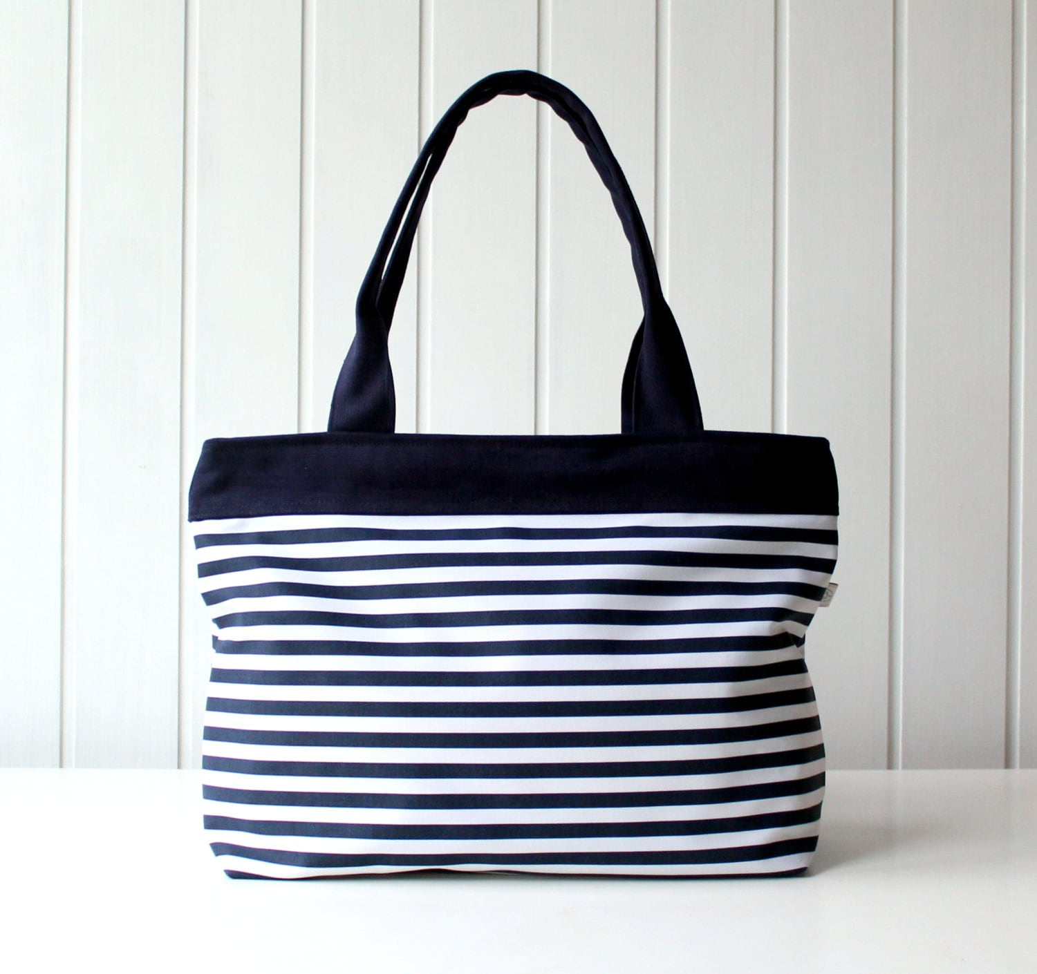 358cf52d5 Navy and White Stripes Tote Bag Beach Bag ZIPPER CLOSURE | Etsy