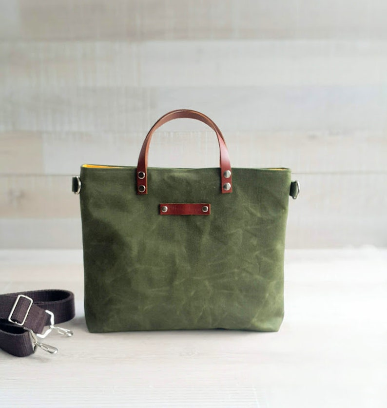 fdc7aaa0f0ab Waxed Canvas Tote -small- in Army GREEN