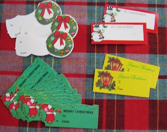 Assortment of 17 Vintage Unused Merry Christmas Gift Tags Presents Gift Mouse Lantern Snowman Wreath Holiday Party