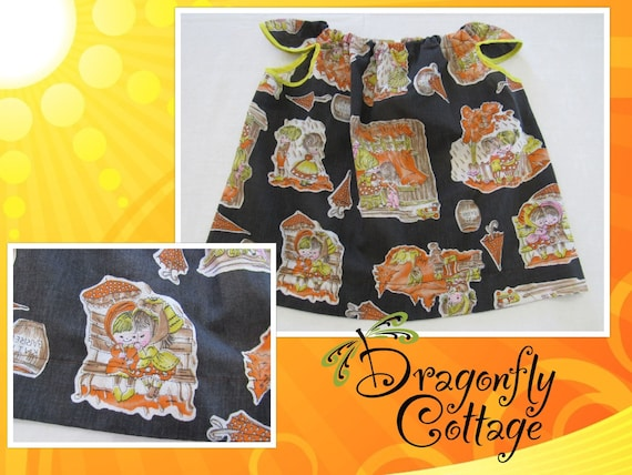 Fall Scarecrow Girls Jumper DressTunic or Apron Ruffled Cap Sleeves. Cotton Handmade Art Smock with Fall Leaves /& Scarecrows