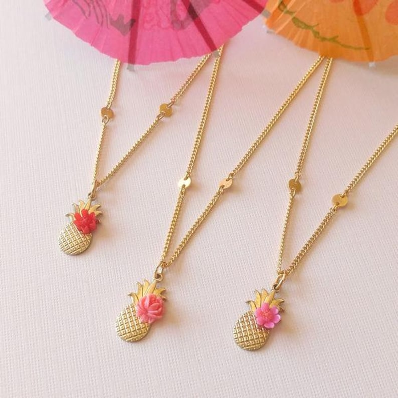 Pineapple Charm Necklace SD1368 image 0