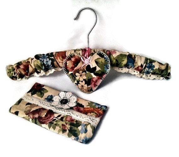 Sanderson Linen Gift Set , Coat Hanger, Linen Tissue case, Linen Lavender Heart, Mother's Day