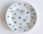 FINAL STOCK SALE! Bows and shapes breakfast plate
