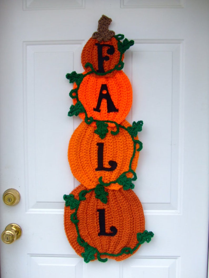 CROCHET PATTERN  CV109 Crochet Stacked Pumpkins Door Hanging image 0