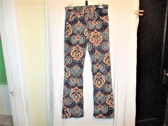 Vintage 70s Levis White Label Corduroy Print Pant… - image 3