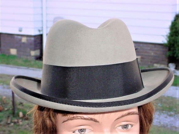e48379044e4 Vintage Fedora 7 1 4 Mens Hat Gray Cavanagh Curved Brim